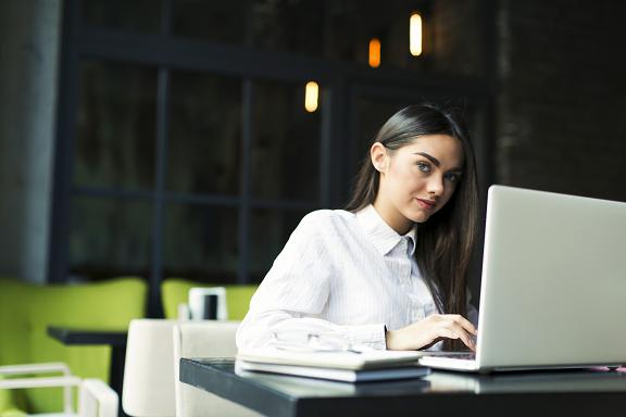 Tariffe assistente virtuale e identità